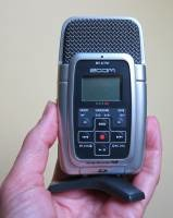 Zoom H2 portable stereo recorder - image2
